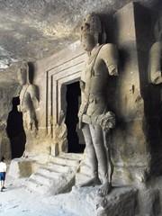 Elephanta Caves, Apr.2010 (leonyaakov) Tags: travel sea india streets landscape temple dock maharashtra cave monuments seashore citytour  marculescueugendreamsoflightportal