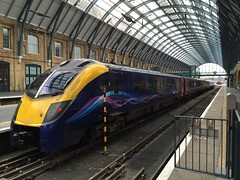 180110, London King's Cross (looper23) Tags: london station train october cross diesel rail railway class 180 kings 2014 180110