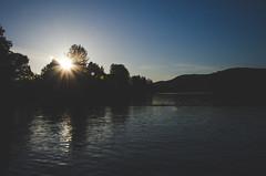 Late Afternoon Sun (wenzday01) Tags: park travel light sunset sun lake water washington nikon view hills wa sunburst nikkor mossyrock d7000 nikond7000 mossyrocklake mossyrockstatepark 18105mmf3556gedafsvrdx