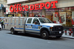 NYPD TCU 7017 (Emergency_Vehicles) Tags: new york ford police nypd canine transit tcu department carrier k9 unit f450 7017