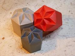 """Hexagon Diamant Box"" by Tomoko Fuse (esli24) Tags: origami tomokofuse origamischachtel singlesheetorigami esli24 ilsez hexagonaldiamantbox origamiauseinemblatt onesheetorigami"