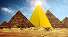 Pyramid (Samukami) Tags: origami pyramid samukami samkami