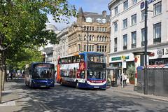 MX12LWK (SD Images) Tags: manchester piccadillygardens stagecoach enviro 10044 36073 enviro400 enviro200 stagecoachmanchester gg56blu mx12lwk