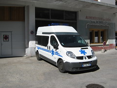 Renault Trafic (TAPS91) Tags: 05 renault assistance trafic ambulances