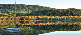 Les premières couleurs de l'automne au Lac Bromont