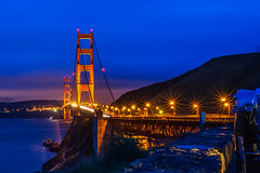 Golden Gate Bridge (onephotoeveryday) Tags: sanfrancisco california bridge sunset usa night dawn lights goldengatebridge  traffice bluenight     vlue    blueskuy dsc2884jpg