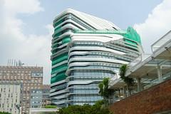 DSC10006 - 2014-0923 Zaha Hadid - 香港理工大學賽馬會創新樓