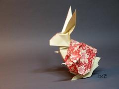 The White Rabbit or Rabbit in Wonderland (esli24) Tags: origami 136 thewhiterabbit origamirabbit esli24 ilsez keigomatsuda rabbitinwonderland haseinalicewunderland