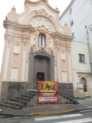 "Sorrento church <a style=""margin-left:10px; font-size:0.8em;"" href=""http://www.flickr.com/photos/104703188@N06/15434449551/"" target=""_blank"">@flickr</a>"