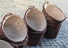 Handmade basketry (Gerlinde Hofmann) Tags: germany town basket handmade thuringia marketplace erntedankfest marketday hildburghausen erntedankfest2014 germanthanksgving