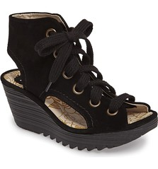 "Fly London Yaba sandal black • <a style=""font-size:0.8em;"" href=""http://www.flickr.com/photos/65413117@N03/32710436004/"" target=""_blank"">View on Flickr</a>"