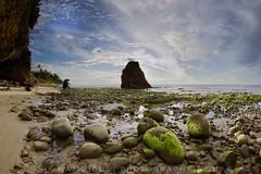 Batu Luang Beach, Kuala Penyu, Sabah (Nik Najmuddin Nik Ariff) Tags: batu rocks blue landscapes borneo sabah malaysia kualapenyu batuluang mossy mossyseascapes mossyrocks seascapes