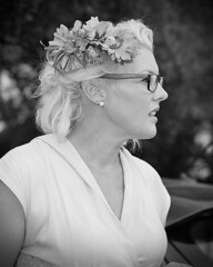 When You Go To Kustom Kulture, Make Sure You Wear Flowers In Your Hair (Kustoms On Silver/Ashley Hoff) Tags: kustomkulture kustomkulturesa rockabilly ilford fp4 bronica sqai southaustralia