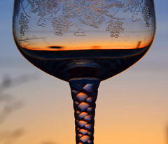 Glass of sunset (vibeke2620) Tags: macromondays glace macromondaysglace sunset outdoor glas glass römerglass nikond3300 hmm reflection glacedstem wineglass