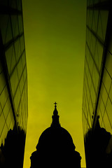 St. Paul's HSS (stevethesnapper) Tags: lumixlx7 architecture cityoflondon onenewchange hss silhouette shadow lumix night london landmark sky goldenhour city 2017 gloaming march bright dark reflection f8 black stpauls uk club light lx7