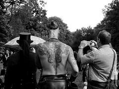 25 WGT Gotik Treffen Leipzig 2016 (ingrid eulenfan) Tags: wavegotiktreffen 2016 leipzig le wgt wave wgt2016 gothicfestival gothic gotik gotic gotica gotiche gotisches gothicanhänger schwarzeszene szene goths accessoires festival mann men tattoo fotograf photo tätowierung