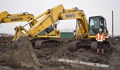 Matthew M (High Velocity Equipment Training) Tags: excavator komatsu excavadora excavatrice heavyequipment hvet highvelocity mud camrose construction heavymachinery alberta equipment ab