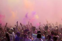 Holi Festival of Colors (Robert Borden) Tags: elmonte whittierpark holifestival festivalofcolors color crowd la losangeles socal people groups california westcoast southwest usa northamerica