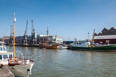 Bristol Harbour (Baker_1000) Tags: 2017 bristol spring nikon d90 nikond90 raw harbour harbourside boat