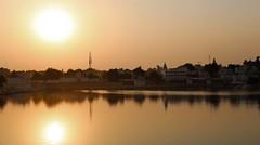Pushkar Lake on Diwali eve (Susana Pascual ·) Tags: india rajasthan pushkar lake diwali sunset reflects