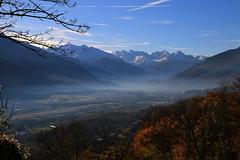 Val d'Aosta - Castello di Quart, la piana di Aosta (mariagraziaschiapparelli) Tags: valdaosta camminata castelli castellodiquart quart autunno allegrisinasceosidiventa