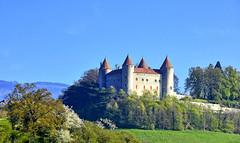 Château de Champvent (Diegojack) Tags: mathod vaud suisse châteaux chempvent médiéval monuments colline