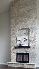 Fond du Lac Tailored Blend (Buechel Stone) Tags: naturalstone buildingstone stoneveneer thinveneer fullveneer stone buechelstone stonemasonry interiordesignideas interiorstone fireplace fireplaceideas hearth mantel