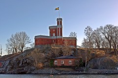 Kastellet Stockholm (Valeria Panzetta) Tags: kastellet stockholm stoccolma sverige svezia sweden scandinavia castello flag citadel kastellholmen tower torre top architecture architettura