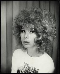 Ingrid (StrategieDerOrdnung) Tags: 1970er 1970s 70s париж paris années1970 70er seventies diesiebziger siebzigerjahre rueduthéâtre photobooth fotoautomat photomaton