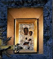"""Virgin Mary Odigìtria"" - Roman-Byzantine icon (year 609) at Pantheon in Rome (Carlo Raso) Tags: virginmary icon pantheon rome italy"