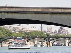 day twenty-six: bateaux mouches (dolanh) Tags: seine france pontdesarts rivercruise bateauxmouches river boatride pontducarrousel pontneuf bateaumouche bridge boatcruise paris
