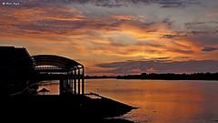 Przystań Rejs o zachodzie (dreptacz) Tags: flickrtravelaward włocławek woda wisła rzeka przystań natura krajobraz zachód słońce chmury polska lustrzanka sony55 sony slt slt55