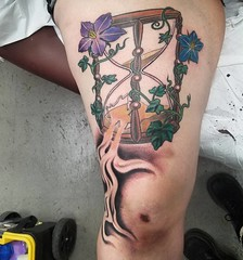 Thanks for being rad Sarah! #hourglasstattoo #phillytattoo