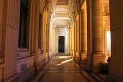 Palacio de Justicia (3) (Erasmusenflandes) Tags: erasmusbruselas palacio de justicia poelaert chapelle rue haute lepée colline capucins marolles contrastes bruselas bruxelles