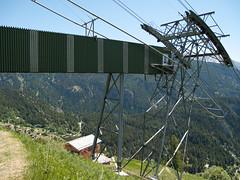 2009-06-13-0015.jpg (Fotorob) Tags: weide land kabelbaan bergen zwitserland transport switzerland naters wallis