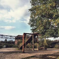 Kleine Radtour ins Abendrot im Landschaftspark Duisburg | Biketour.  #kiraton #instaweather #weather #wx #duisburg #deutschland #day #autumn #de #holiday #hooray #hoorayfortoday #kiratontravel #travel #travelblog #travelingram #traveltheworld #worlderlust