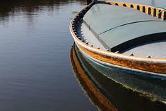 Barca (Garaygreen) Tags: valencia canon eos rebel boat acequia barca t3 huerta castellar pinedo tremolar 1100d canont3 canoneos1100d canon1100d rebelt3