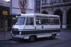 JHM-1979-0632 - France, Nice, minibus Peugeot (jhm0284) Tags: france nice 06nice niceam alpesmaritimes