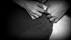 una vita sulle mani! (stefania.tarantola) Tags: blackandwhite hands mani mamma housewife biancoenero lavoro stirare pensione ferrodastiro