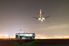 (GenJapan1986) Tags: travel japan night airplane airport  fukuoka  25mm  2014      nikond600  zf2  distagont225