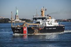 United States Coast Guard Katherine Walker (Anthony Quintano) Tags: nyc newyorkcity d katherine charles walker tugboat hudsonriver voyager mcallister uscg unitedstatescoastguard newyorkharbor denak