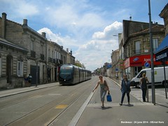 Barriere Saint-Genes (ernstkers) Tags: aps bordeaux citadis streetcar tram tramvia tranvia trolley strasenbahn elctrico sprvagn bonde