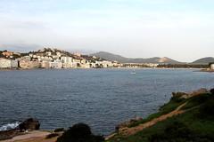 Mallorca-Santa-Ponca (andreastrojak) Tags: santa ponça santaponça santaponca mallorca balearen strand wasser meer angeln angler boot segelboot schiff hafen