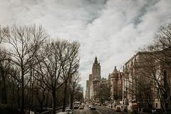 Upper West Side (tinto) Tags: 2017 28mm 35mm fuji fujifilm fujilove fujix100t fujixseries mirrorless newyork nyc tintography vsco vscofilm wclx100 wideangel x100t uws centralparkwest west side upperwestside