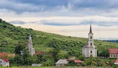 Sarata-Salz Ortodoxe und Reformierte Kirche (wernerfunk) Tags: kirche rumänien landschaft architektur siebenbürgen