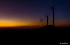 relax (aingerubidaurreta) Tags: mountain mendi dusk sunset windwill colors orange sky night basquecountry euskalherria euskadi bizkaia landscape winter