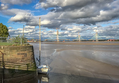 Mersey Gateway Construction from Spike Island 3 (Martin Peers) Tags: widnes runcorn widnesbridge cheshire spikeisland rivermersey merseycrossing merseygateway newmerseycrossing merseyside bridge construction architecture canal river uk england boat