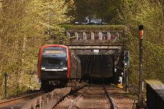 Ein DT5 kämpft sich den Berg hoch (Lilongwe2007) Tags: hamburg dt5 ubahn hochbahn eisenbahn verkehr öpnv sierichstrase u3 deutschland züge