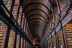 Old Library - Trinity College (Jethro_aqualung) Tags: dublino dublin nikon d3100 library old trinity college ireland irlanda éire culture books book architecture