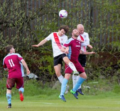 Two heads are better than one for Robbie Halliday and Jamie Darroch (Stevie Doogan) Tags: clydebank cumbernauld utd mcbookiecom west scotland league superleague first division holm park saturday 15th april 2017 bankies scottish juniors